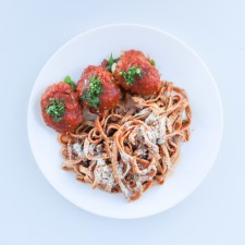 HIGH PROTEIN KETO BEEF MEATBALLS /LOW CARBOHYDRATE SPAGHETTI/NAP SAUCE/PASLEY